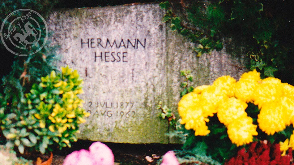 Tumba-de-Herman-Hesse-en-Montagnola