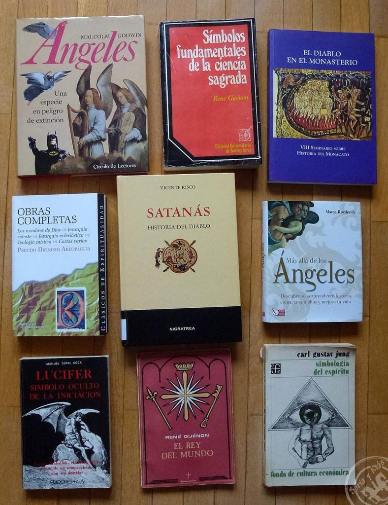"""Parte de los libros que he ido consultando para """"entender"""" la polaridad San Miguel-Lucifer/Satán"""